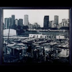 Democracia, 1997. Serie Suicidios